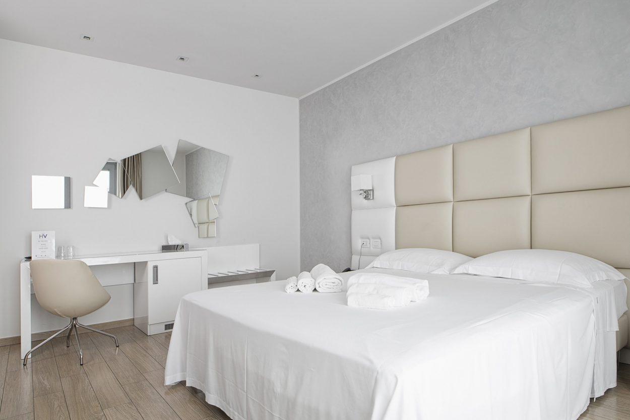 Hotel con camera doppia a brescia albergo a brescia con camera doppia - Finestre insonorizzate prezzo ...